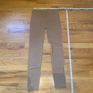 Thick legging/tights - ribbed details